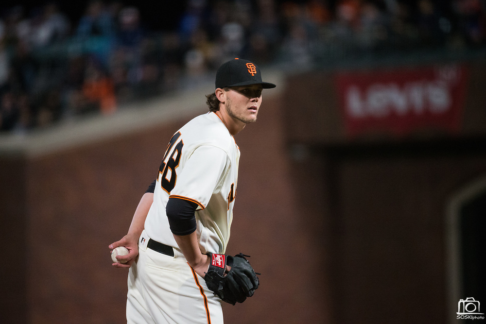 San Francisco Giants relief pitcher Steven Okert (48) pitches against the Los Angeles Dodgers at AT&T Park in San Francisco, California, on April 24, 2017. (Stan Olszewski/Special to S.F. Examiner)