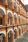 Renaissancehof mit Arkaden, UNESCO Welterbestätte Stadt Graz – Schloss Eggenberg, Steiermark, Österreich |  Renaissance court with arcades, UNESCO World Heritage Site city of Graz - Schloss Eggenberg, Styria, Austria