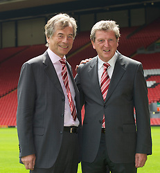 LIVERPOOL, ENGLAND - Thursday, July 1, 2010: Liverpool Football Club's new manager Roy Hodgson with Chairman Martin Broughton during a photo-call at Anfield. (Pic by David Rawcliffe/Propaganda)