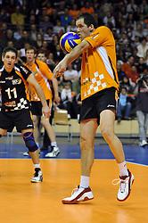 11-04-2010 VOLLEYBAL: PLAYOFFS HALVE FINALE: SCC BERLIN - VFB FRIEDRICHSHAFEN: BERLIN<br /> Berlin verliest ook de tweede wedstrijd met 3-1 / Allan van de Loo <br /> ©2009-WWW.FOTOHOOGENDOORN.NL - Kurth Media