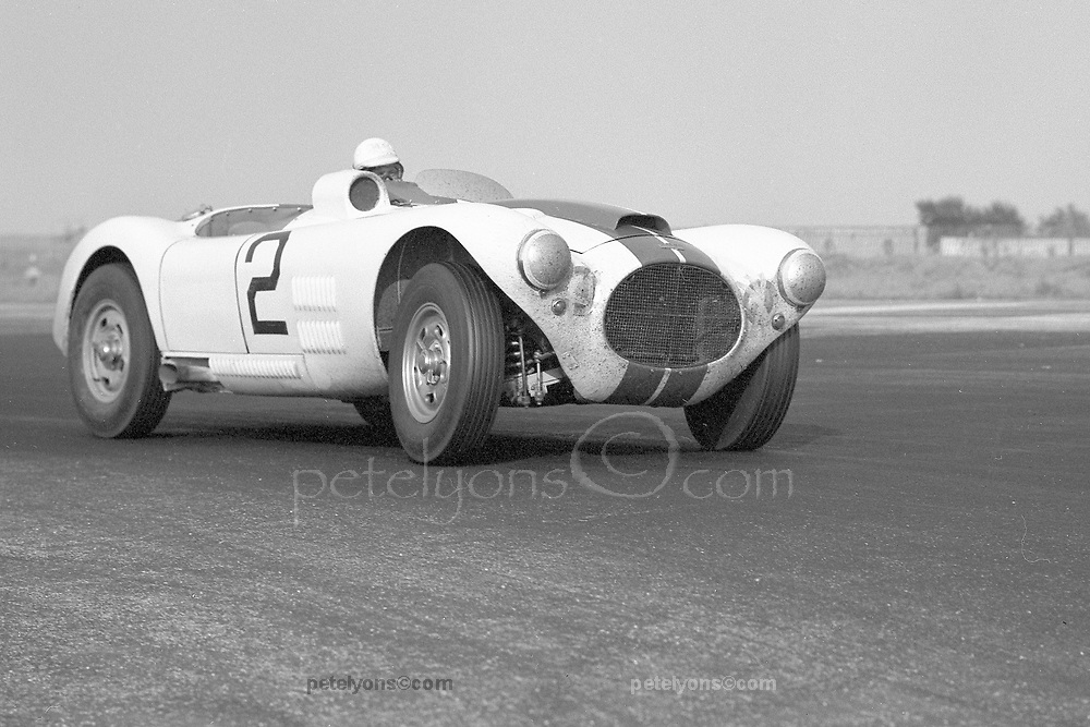 Phil Walters in Cunningham C-4R at Floyd Bennett Field race in 1953