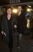 Imelda Staunton and her daughter Bessie. World premiere of Harry Potter and the Goblet of Fire. Odeon Leicester Sq and afterwards at then Natural History Museum. London. 6 November 2005.  2005. ONE TIME USE ONLY - DO NOT ARCHIVE © Copyright Photograph by Dafydd Jones 66 Stockwell Park Rd. London SW9 0DA Tel 020 7733 0108 www.dafjones.com