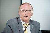 18 AMY 2017, BERLIN/GERMANY:<br /> Jochen Homann, Praesident der Bundesnetzagentur, Veranstaltung des Wirtschaftsforums der SPD &quot;Netzausbaualternativen&quot;, EnBW Hauptstadtrepr&auml;sentanz<br /> IMAGE: 20170518-01-114