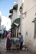 The Medina, the old historical city center  Tunis - Tunisie  .///.La medina , la vielle ville  hsitorique  Tunis - Tunisie .///.TUNIS001
