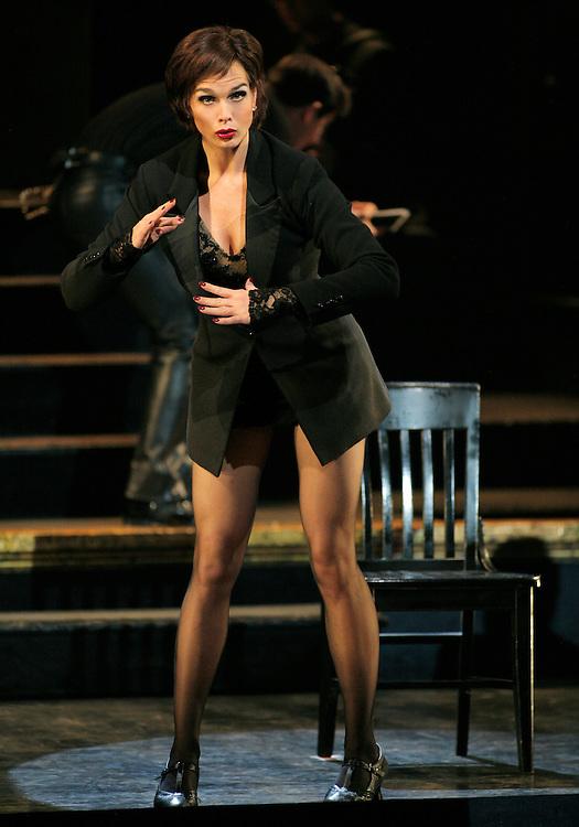 Chicago.Broadway Company.November 1, 2005.Credit Photo ©Paul Kolnik.New York City .212.362.7778.studio@paulkolnik.com