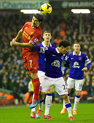 28.01.2014, Anfield, Liverpool, ENG, Premier League, FC Liverpool vs FC Everton, 23. Runde, im Bild Liverpool's Luis Suarez, action against Everton's Steven Pienaar // during the English Premier League 23th round match between Liverpool FC and Everton FC at Anfield in Liverpool, Great Britain on 2014/01/29. EXPA Pictures &copy; 2014, PhotoCredit: EXPA/ Propagandaphoto/ David Rawcliffe<br /> <br /> *****ATTENTION - OUT of ENG, GBR*****
