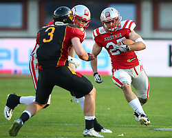 07.06.2014, Ernst Happel Stadion, Wien, AUT, American Football Europameisterschaft 2014, Finale, Oesterreich (AUT) vs Deutschland (GER), im Bild Manuel Thaller, (Team Austria, TE, #81), Sebastian Schoenbroich, (Team Germany, DB, #3) und Andreas Hofbauer, (Team Austria, RB, #27) // during the American Football European Championship 2014 final game between Austria and Denmark at the Ernst Happel Stadion, Vienna, Austria on 2014/06/07. EXPA Pictures © 2014, PhotoCredit: EXPA/ Thomas Haumer