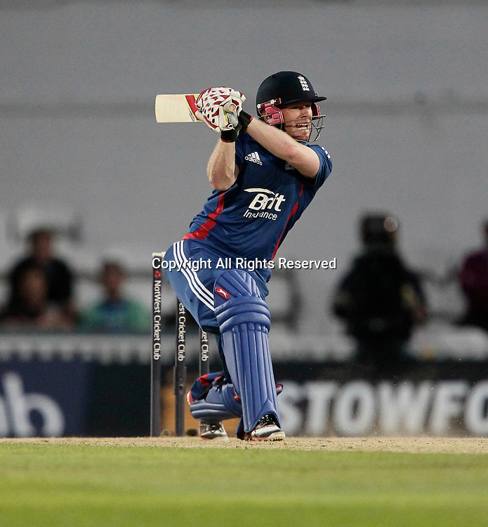 31.08.2012 London, England. Eoin Morgan in batting action during the England v South Africa: 3rd Natwest ODI at The Kia Oval Cricket Ground Kennington London England. England close in on the 212 needed runs to win.