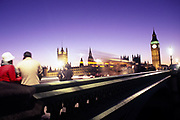 Westminster Bridge on a cold winterday after sunset. London<br /> <br /> opname: analoog dia<br /> c-print<br /> 90x60cm