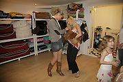 Nathalie Rydstrom and 'Twiggy' with Anneka Svenska and 'Suzy'.  Opening of The Mutz Nutz; Westbourne Park Rd. London. 23 August 2006.  ONE TIME USE ONLY - DO NOT ARCHIVE  © Copyright Photograph by Dafydd Jones 66 Stockwell Park Rd. London SW9 0DA Tel 020 7733 0108 www.dafjones.com