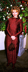Leading British actress EMMA THOMPSON,  at a dinner in London on 23rd October 1998.MLD 29
