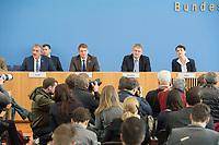14 MAR 2016, BERLIN/GERMANY:<br /> Uwe Junge, AfD Spitzenkandidat der rheinland-pfälzischen AfD, Andre Poggenburg, Mitglied des Bundesvorstandes der AfD und Spitzenkandidat AfD in Sachsen-Anhalt, Joerg Meuthen, AfD Bundesvorsitzender und Spitzenkandidat der baden-wuerttembergischen AfD, Frauke Petry, AfD Bundesvorsitzende, (v.L.n.R.), Pressekonferenz zu den Auswirkungen der Landtagswahlen auf die Bundespolitik, Bundespressekonferenz<br /> IMAGE: 20160314-01-017<br /> KEYWORDS: BPK, Jörg Meuthen, André Poggenburg