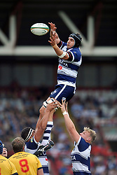 Mark Sorenson of Bristol Rugby wins the ball at a lineout - Photo mandatory by-line: Patrick Khachfe/JMP - Mobile: 07966 386802 21/09/2014 - SPORT - RUGBY UNION - Bristol - Ashton Gate - Bristol Rugby v Cornish Pirates - GK IPA Championship.