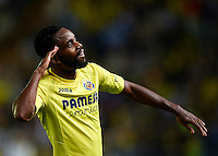 VILLARREAL, SPAIN - OCTOBER 16:  Cedric Bakambu of Villarreal celebrates scoring his team's third goal during the La Liga match between Villarreal CF and Celta de Vigo at El Madrigal on October 16, 2016 in Villarreal, Spain.  (Photo by Manuel Queimadelos Alonso/Getty Images)