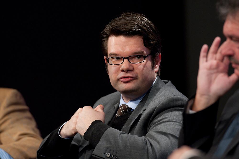 """12 JAN 2010, KOELN/GERMANY:<br /> Michael Theurer, MdEP, Fraktion der Liberalen im EP, Diskussion """"Das Europaeische Parlament - gestaerkt durch den Lissabon-Vertrag?"""", dbb Jahrestagung """"Europa nach Lissabon - Fit fuer die Zukunft?"""", Messe Koeln<br /> IMAGE: 20100112-01-118"""