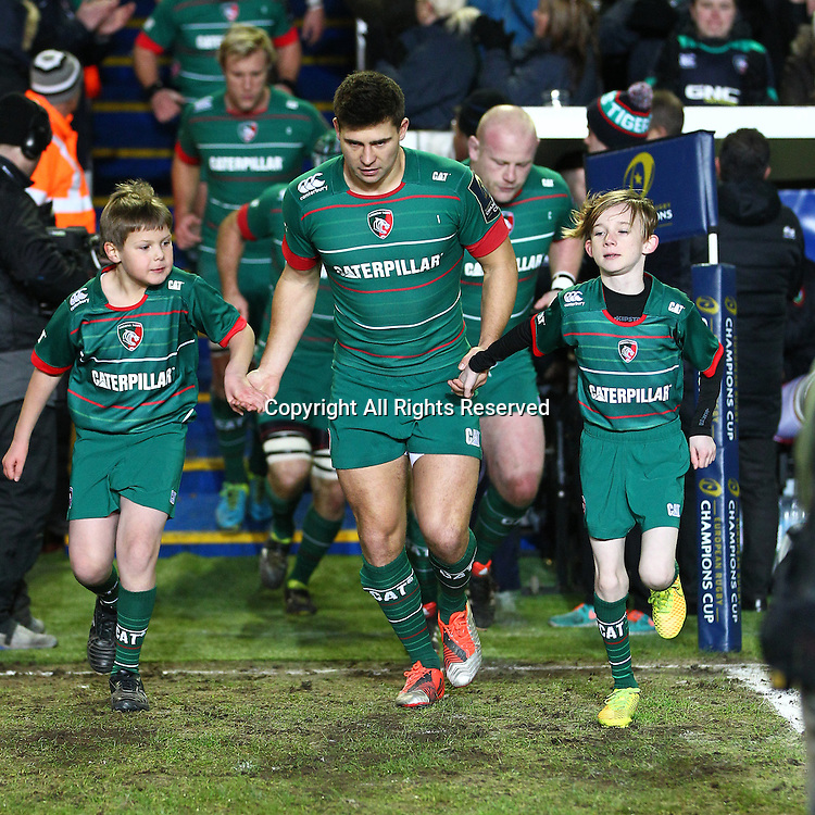 07.12.2014.  Leicester, England.  European Rugby Champions Cup. Leicester versus Toulon.  Tigers captain Ben Youngs leads out the mascots at the start match.