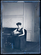 woman reading France ca 1920s