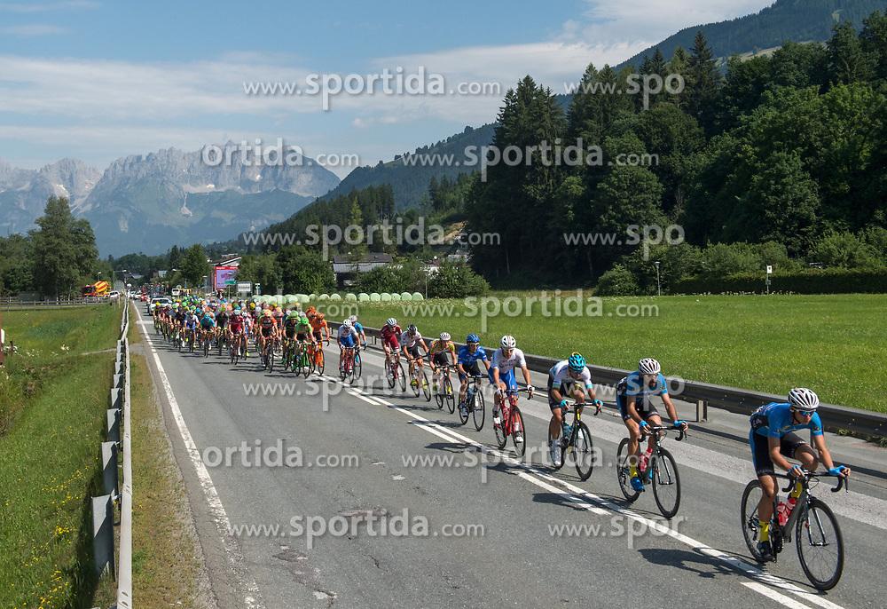 07.07.2017, St. Johann Alpendorf, AUT, Ö-Tour, Österreich Radrundfahrt 2017, 5. Etappe von Kitzbühel nach St. Johann/Alpendorf (212,5 km), im Bild das Feld am Start in Kitzbühel, Tirol vor dem Wilden Kaiser // the peleton at the start in Kitzbuehel Tirol during the 5th stage from Kitzbuehel to St. Johann/Alpendorf (212,5 km) of 2017 Tour of Austria. St. Johann Alpendorf, Austria on 2017/07/07. EXPA Pictures © 2017, PhotoCredit: EXPA/ Reinhard Eisenbauer