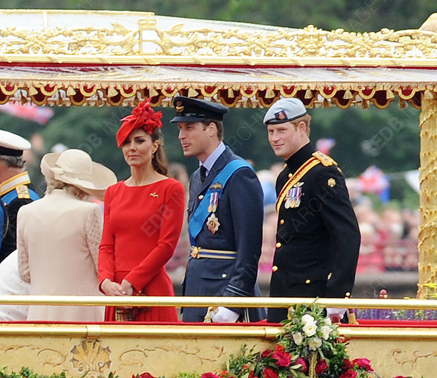 03.JUNE.2012. LONDON<br /> <br /> THE QUEEN, CAMILLA PARKER BOWLES DUCHESS OF CORNWALL, PRINCE PHILIP, PRINCE CHARLES, KATE MIDDLETON, CATHERINE DUCHESS OF CAMBRIDGE, PRINCE WILLIAM AND PRINCE HARRY ALL ON THE SPIRIT OF CHARTWELL FOR THE QUEEN'S DIAMOND JUBILEE RIVER PAGEANT ON THE RIVER THAMES IN LONDON.<br /> <br /> BYLINE: EDBIMAGEARCHIVE.CO.UK<br /> <br /> *THIS IMAGE IS STRICTLY FOR UK NEWSPAPERS AND MAGAZINES ONLY*<br /> *FOR WORLD WIDE SALES AND WEB USE PLEASE CONTACT EDBIMAGEARCHIVE - 0208 954 5968*