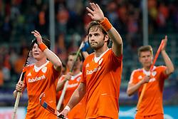 THE HAGUE - Rabobank Hockey World Cup 2014 - 2014-06-03 - MEN - The Netherlands - Korea - Rogier HOFMAN bedankt het publiek