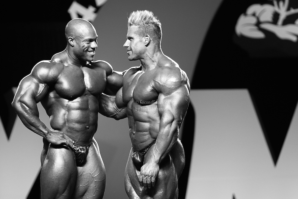 Phil Heath and Jay Cutler waiting for the announcement of the winner at the 2010 Mr. Olympia finals in Las Vegas.