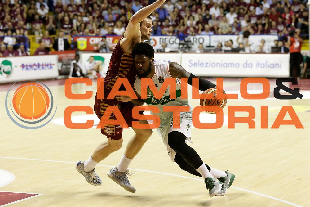 Thomas Adonis<br /> Umana Reyer Venezia - Sidigas Scandone Avellino<br /> Lega Basket Serie A 2016/17 Semifinali Gara 01<br /> Venezia, 26/05/2017<br /> Foto Ciamillo-Castoria / M. Brondi