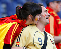 GEPA-1806086807 - SALZBURG,AUSTRIA,18.JUN.08 - FUSSBALL - UEFA Europameisterschaft, EURO 2008, Griechenland vs Spanien, GRE vs ESP. Bild zeigt Spanien-Fans. <br />Foto: GEPA pictures/ Felix Roittner