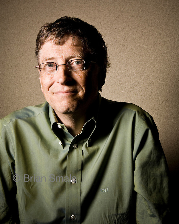 Bill Gates pictures: Executive portrait of Microsoft founder Bill Gates 2008-06. By Seattle business portrait photographer Brian Smale.