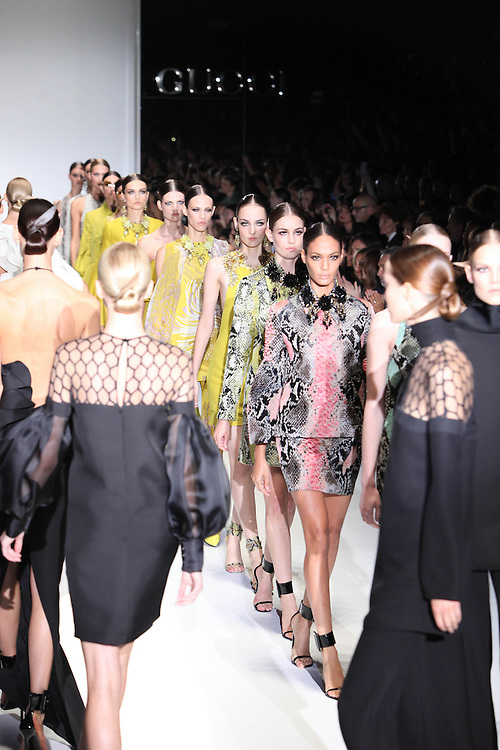 Reflextions Photography Gucci Spring collection 2013, 2012, Milan, looks, Gucci Fashion