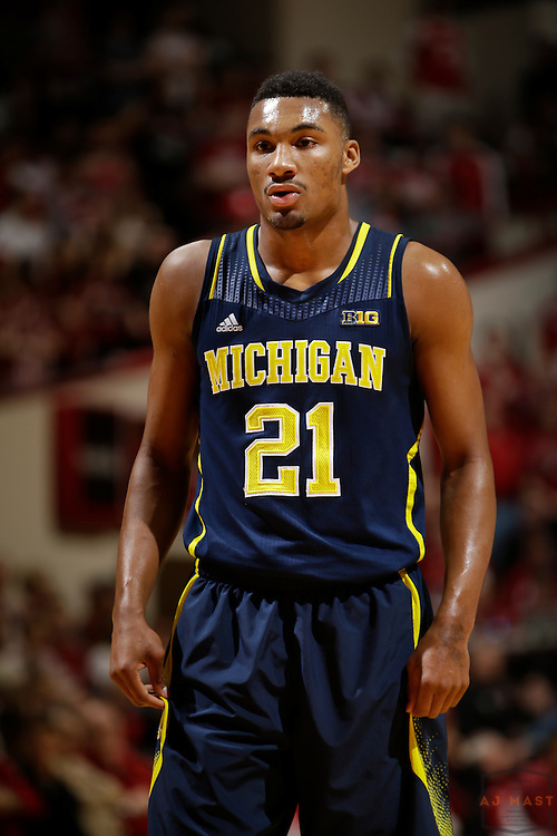Michigan guard/forward Zak Irvin (21) as Michigan played Indiana in an NCCA college basketball game in Bloomington, Ind., Sunday, Feb. 8, 2015. (AJ Mast / Photo))