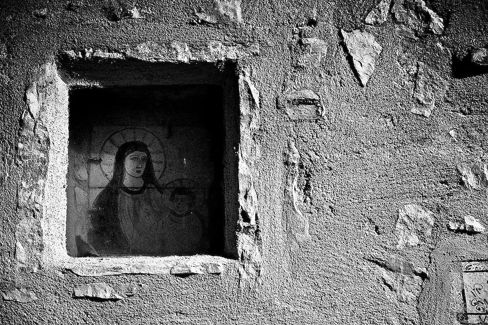 Faith in the Wall<br /> Bologna, Italy