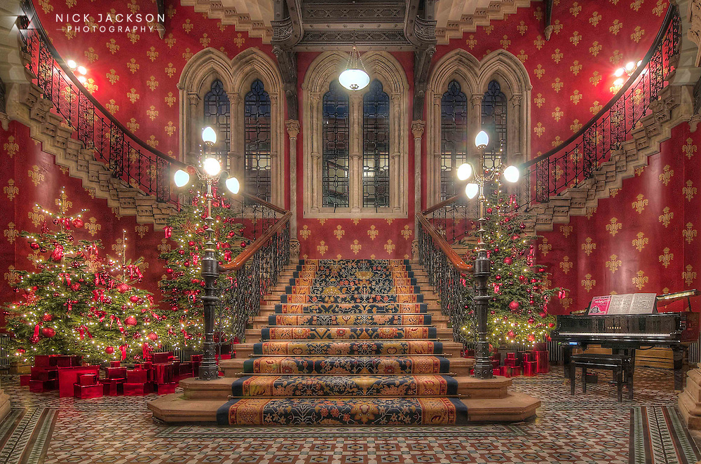 The Renaissance Staircase at Christmas, Midland Hotel, Kings Cross ...