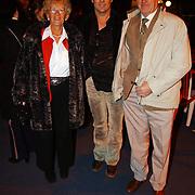 Russisch Kerstcircus 2003, Gerard Joling en moeder Hans Klok
