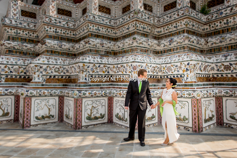 Engagement session at Wat Arun in Bangkok, Thailand.