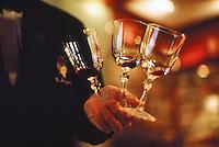 Sommelier-wineglasses-Alain Ducasse