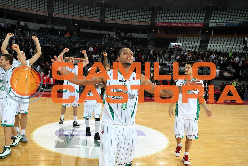 DESCRIZIONE : Roma Lega A 2009-10 Basket Lottomatica Virtus Roma Air Avellino<br /> GIOCATORE : Chevon Troutman<br /> SQUADRA : Air Avellino<br /> EVENTO : Campionato Lega A 2009-2010<br /> GARA : Lottomatica Virtus Roma Air Avellino<br /> DATA : 25/10/2009<br /> CATEGORIA : esultanza<br /> SPORT : Pallacanestro<br /> AUTORE : Agenzia Ciamillo-Castoria/G.Ciamillo