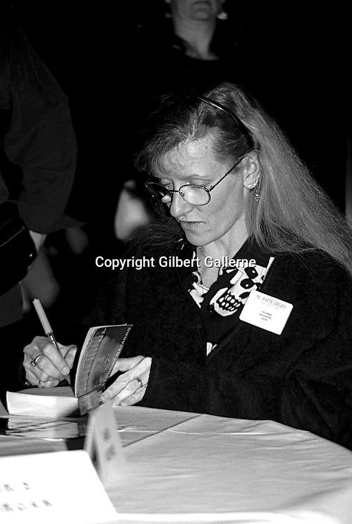 Yvonne Navarro, World Fantasy Convention, London, UK, 1997