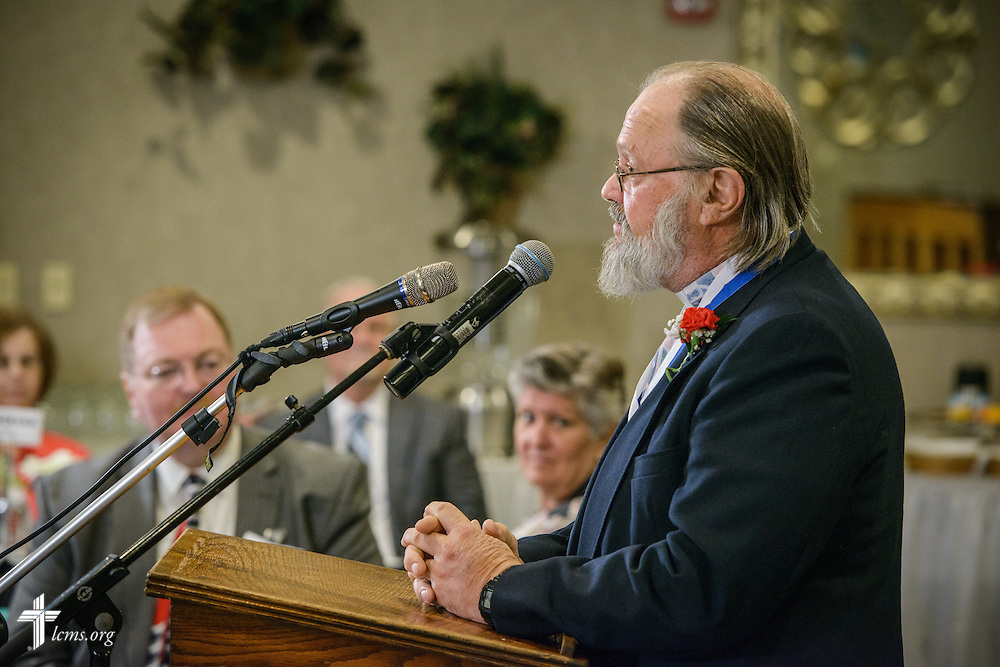 """The Rev. E. James Rivett, """"Christus in Mundo (""""Christ in the World"""") award recipient, speaks at the SPM Zion XVI Conference award banquet on Saturday, Sept. 17, 2016, at the National Shrine of Our Lady of the Snows in Belleville, Ill. LCMS Communications/Erik M. Lunsford"""