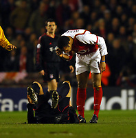 Thierry Henry complains about the diving<br />Arsenal V Bayern Munich 09/03/05<br />The UEFA Champions League<br />Photo Robin Parker Fotosports International