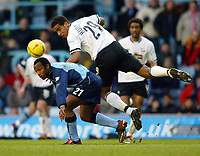 Foto: Scott Heavey, Digitalsport<br /> NORWAY ONLY<br /> Coventry City v Derby County. Nationwide Division One. 28/02/2004.<br /> Julian Joachim and Tom Huddlestone (White) watch as the ball goes for a corner