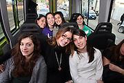 ROMA 27.03.2010<br /> PROGETTO COLLEGE ITALIA <br /> NELLA FOTO: LE ATLETE DEL TEAM COLLEGE ITALIA NEL PULMINO DELLA FEDERAZIONE METRE TORNANO DA SCUOLA
