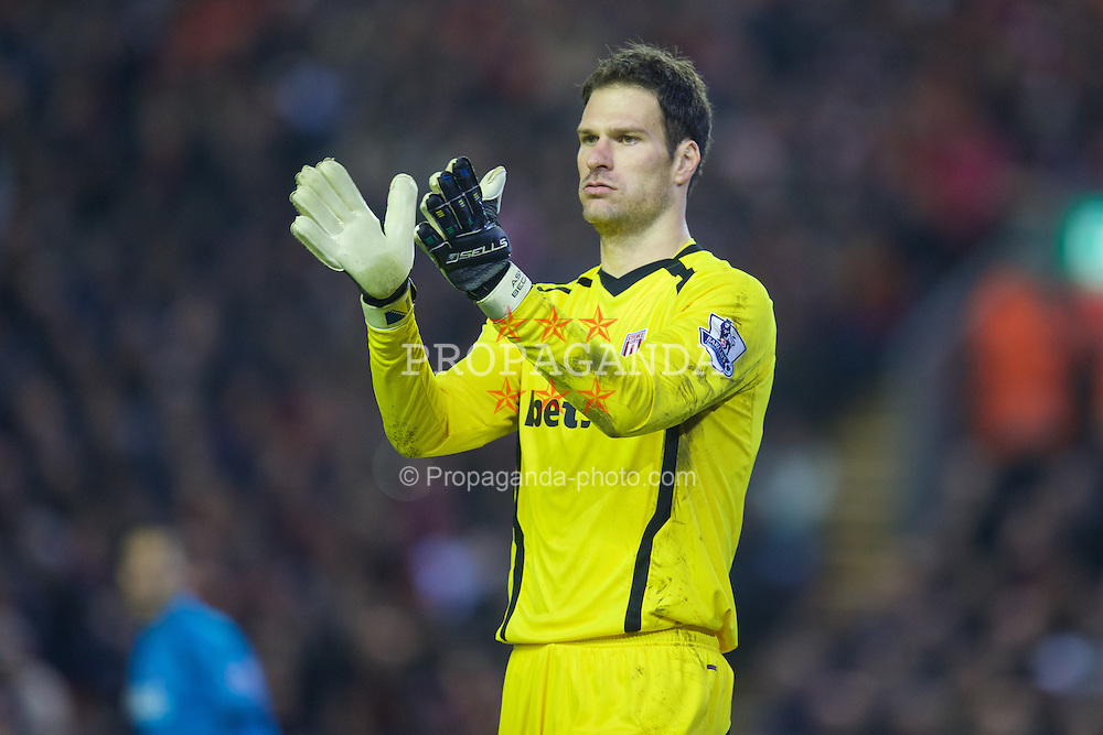 LIVERPOOL, ENGLAND - Saturday, November 29, 2014: Stoke City's goalkeeper Asmir Begovic in action against Liverpool during the Premier League match at Anfield. (Pic by David Rawcliffe/Propaganda)