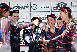 Hannah Barnes (GBR) celebrates the stage win with her teammates at Stage 1 of 2019 Giro Rosa Iccrea, an 18 km team time trial from Cassano Spinola to Castellania, Italy on July 5, 2019. Photo by Sean Robinson/velofocus.com