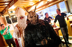 06.12.2017, Kaprun, AUT, Pinzgauer Krampustage im Bild der Sonnseit Pass des Perchtenvereins Kaprun bei ihren Hausbesuchen bei den Ortsbauern mit Krampus, Nikolaus und Engel // the Sonnseit Pass of the Perchtenverein Kaprun during their home visits at the local farmers with Krampus, St. Nicholas and angels. Krampus is a mythical creature that, accompanies Saint Nicholas during the festive season. Instead of giving gifts to good children, he punishes the bad ones, Kaprun, Austria on 2017/12/06. EXPA Pictures © 2017, PhotoCredit: EXPA/ JFK