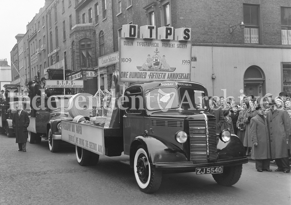 R1828<br />