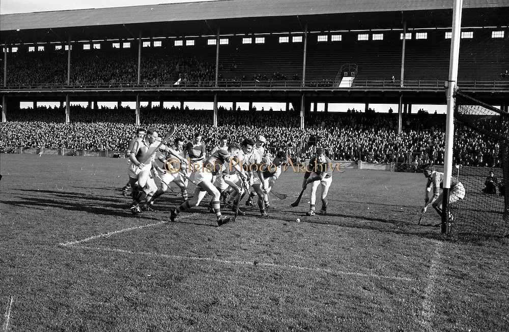 Hurling Oireachtas Final, Tipperary v Wexford..20.10.1963