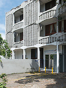 Geoffrey Bawa.<br /> Wijemanne Flats.<br /> Ananda Coomarswamy Mawatha. 1962.<br /> Sri Lanka
