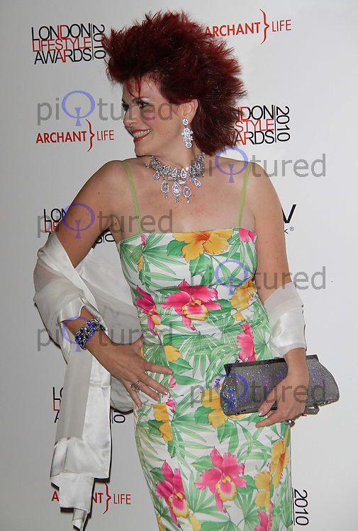 Cleo Rocos London Lifestyle Awards, Park Plaza Riverbank Hotel, London, UK, 07 October 2010: For piQtured Sales contact: Ian@Piqtured.com +44(0)791 626 2580 (picture by Richard Goldschmidt)
