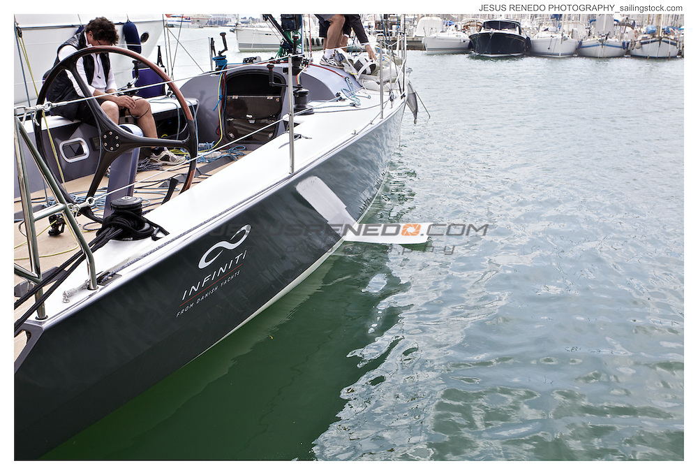 "INFINITI YACHTS"" FOILED"""