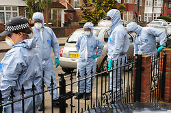 &copy; Licensed to London News Pictures.04/04/2018<br /> HITHER GREEN, UK.<br /> Police forensic search team arrive in South Park Crescent.<br /> 78 year old man arrested in Hither Green, London after a  burgarly death. police on scene.<br /> Photo credit: Grant Falvey/LNP